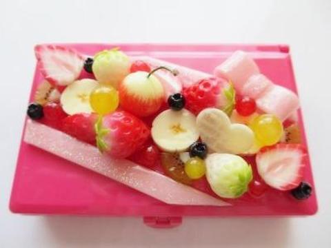 フルーツ盛りピルケース