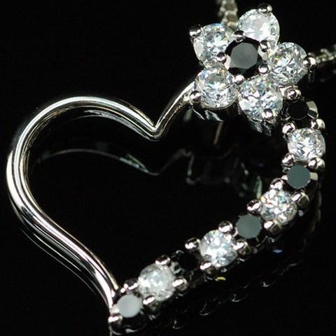 ジュエリーの仕上がり! CZダイヤモンドペンダント 「モガーレ」