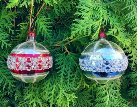 クリスマスオーナメント 銀に赤い帯、青い帯 2個1セット