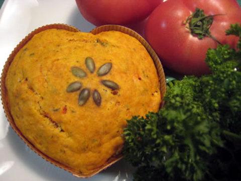 まるごとトマトのチーズケーキ(骨型クッキー付)