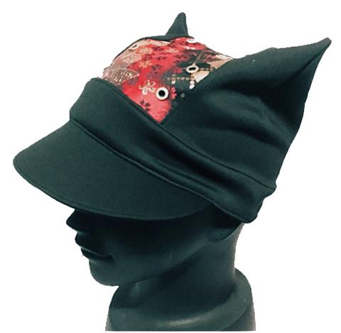 ツバ付きにゃんこ帽子(金襴赤)