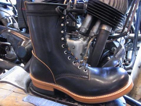 RACE UP BOOTS