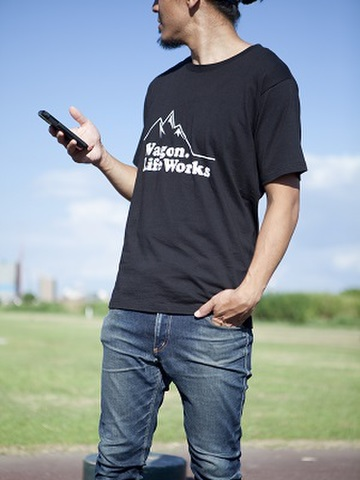 山ロゴTシャツ