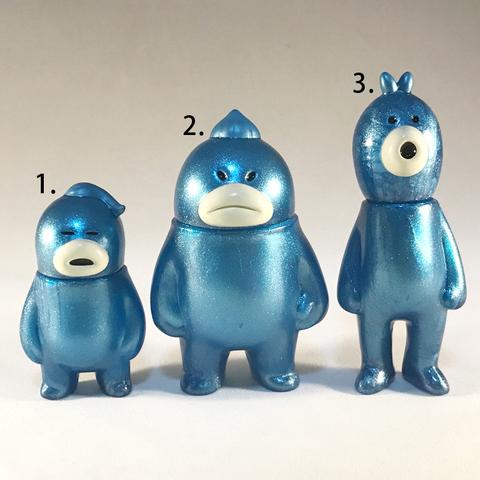 アレ、ソレ、コレの見守りソフビ人形【Cosmo Berrys】Metallic Blue