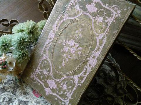 フランス製アンティーク古書 装丁の美しいディスプレイ用ブック 金色とピンク
