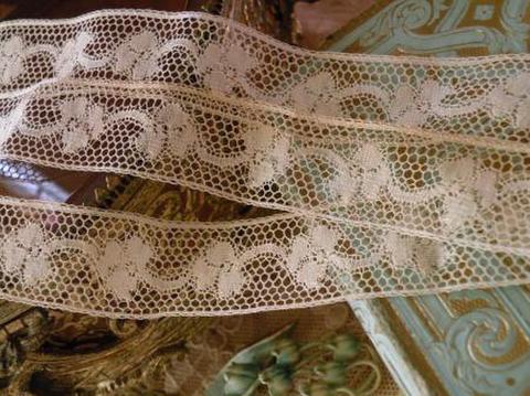 選べる長さ2種 アンティーク 仏製 四葉のクローバー柄 ヴァレンシエンヌレース