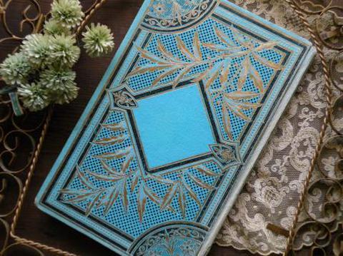 フランス製 アンティーク古書 装丁の美しいディスプレイ用ブック 金彩色 鮮やかな水色
