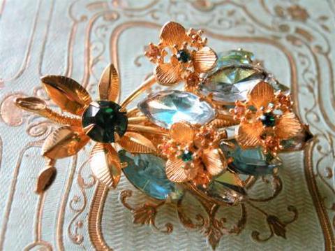 ヴィンテージ オーストリア製 水色ラインストーンの花束 ブローチ
