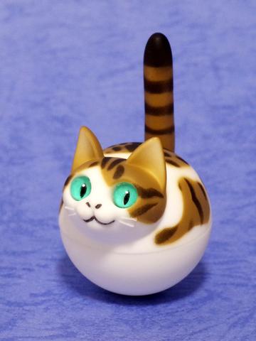 揺れ球ネコ(キジトラ白)