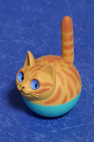 揺れ球ネコ(チャトラ)