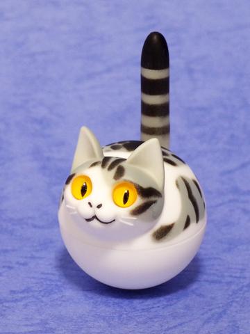 揺れ球ネコ(サバトラ白)