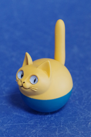 揺れ球ネコ(ベージュ)