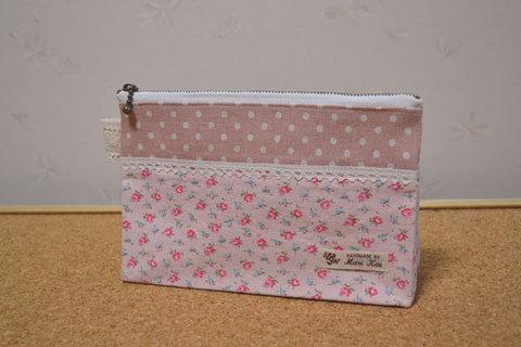 ピンクドット×小花柄ファスナーポーチ