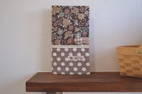 ブラウン花柄×ドットカードケース