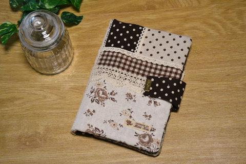 ブラウン母子手帳ケース010