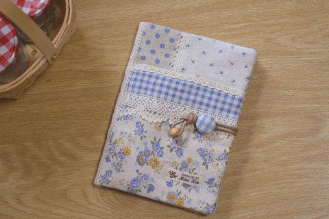 ブルー花柄チェック母子手帳ケース