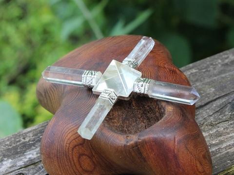 空間浄化やエネルギーアップにお勧め! ヒマラヤ水晶ピラミッドジェネレーター