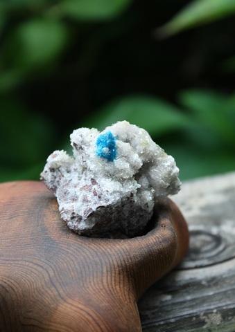 稀少! カバンサイト 母岩付き原石