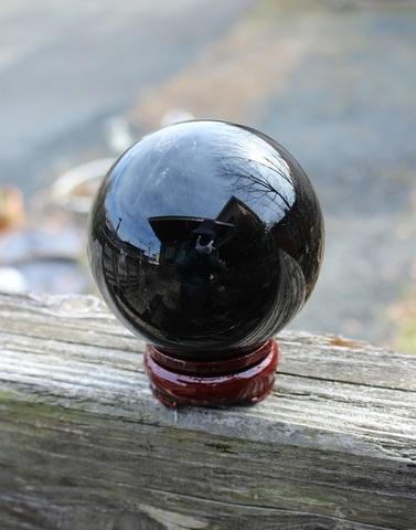 最強の守護の石 天然モリオン(黒水晶)90ミリ丸玉