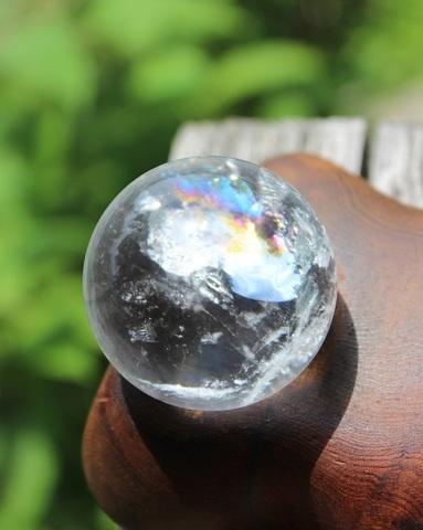 ピカピカレインボー♪ 天然水晶 42ミリ丸玉