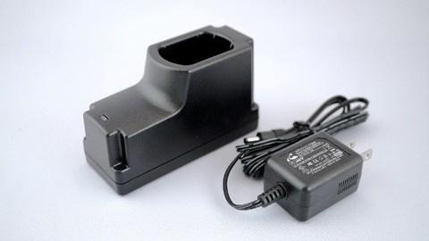 メガライトシリーズ専用充電器 型式KL-1209