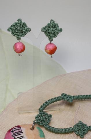 ネックレスとイヤリングのセット[送料込み]