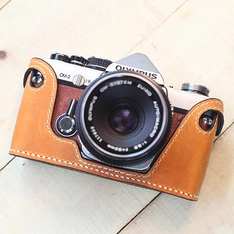 Olympus(オリンパス)OM1、2、3、4用 本革カメラケース(ライトブラウン )