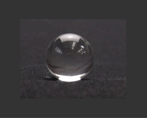 【極上】天然水晶AA丸玉30mm(台座付)