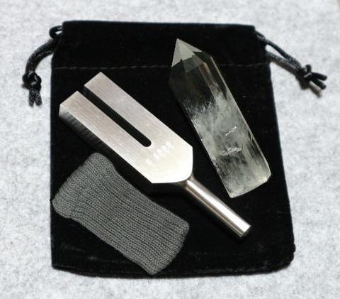 クリスタル・チューナー(日本製)【AA】水晶ポイント(2XL)付