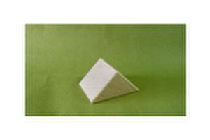 選べる積み木 P028          三角柱 45x45x45 (mm)