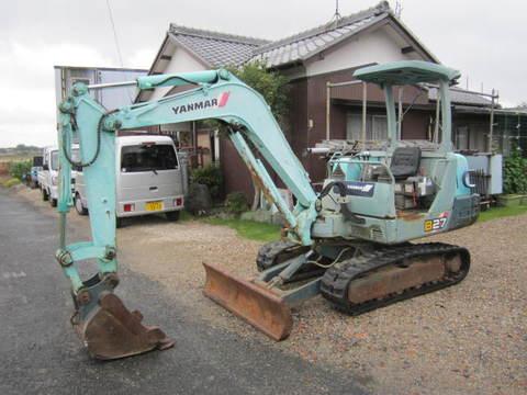 Used mini excavator Yanmar B27-2A