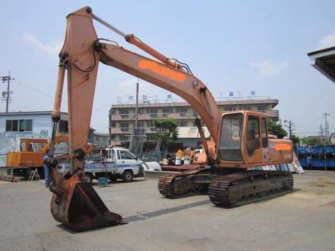 Used excavator HITACHI EX200-3