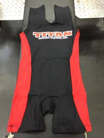 TITAN タイタン 新型ツリパン 黒×赤