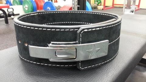 タイタンTOROレバーアクションベルトToro Bravo Powerlifting Belt 10mm