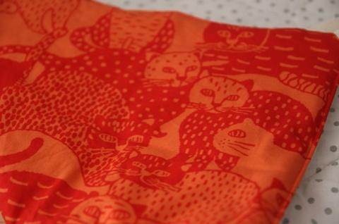 キャットハンモックオールシーズン赤猫