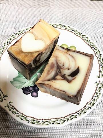 【新着!】 天然アロマの香り ナチュラルハンドメイドソープ ココアバターマーブル石鹸