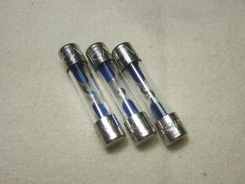 ガラス管ヒューズ15A(3本セット)