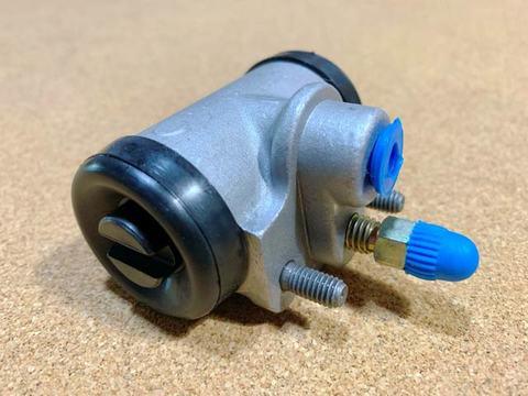 フロントブレーキシリンダーASSY(ホンダ360水冷用)