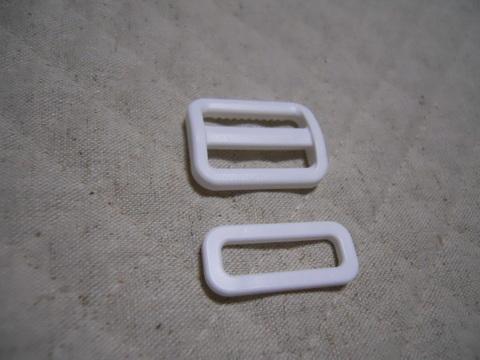 25㎜幅プラスチックパーツ 白1組