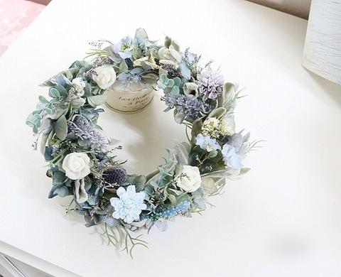ラベンダー&白いバラのリース