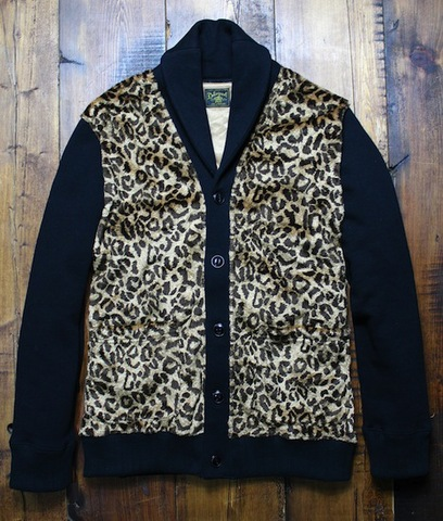 SHAWL COLLAR ANIMAL CARDIGAN