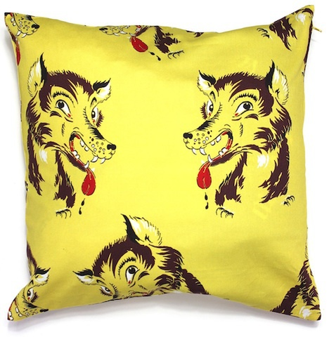 HOLIDAY WOLF CUSHION