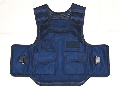 耐刃防護衣(背面防護板あり)
