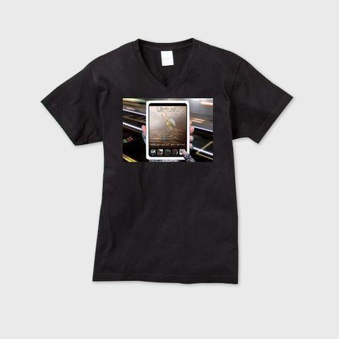 VirtueL - Conception of perception メンズVネックTシャツ ブラック