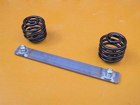汎用サドルシート黒2インチコイルスプリング+ステーエンド