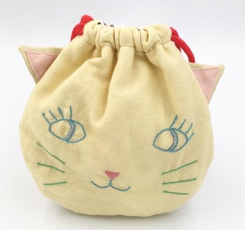 ネコの刺繍巾着