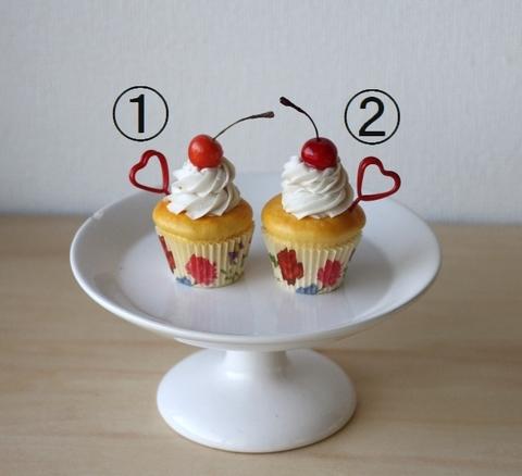チェリーカップケーキのカードスタンド【送料込み】