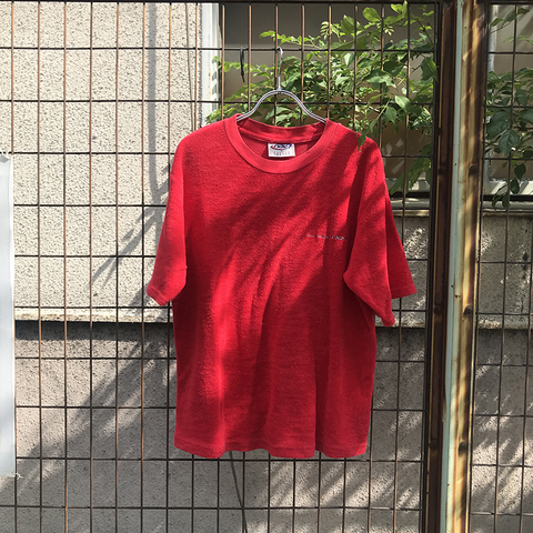 nev red towel tee