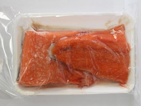 秋鮭ステーキ用(販売:しっでぃーぐりーんネットワーク)