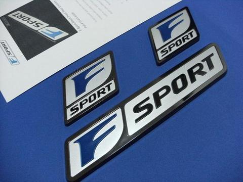 F-Sport ブラックパール エンブレムパッケージ